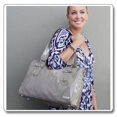 With a gorgeous crinkle patent finish the elegant Soho Boxy is effortless sophistication! $174.95