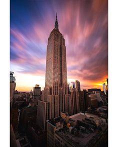 """5,655 curtidas, 48 comentários - ! IG ⊕ NEW YORK ® #IG_NYCITY (@ig_nycity) no Instagram: """"presents  C O U N T R Y A W A R D  P H O T O @bklynborn81 T H E M E Epic Icons F E A T U R E D T A…"""""""