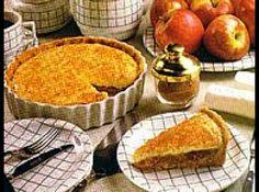 Torta diferente de maçã - Veja como fazer em: http://cybercook.com.br/receita-de-torta-diferente-de-maca-r-7-45085.html?pinterest-rec