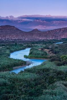 15 Amazing Places to Visit in Texas Boquillas Canyon Trail Overlooking the Rio Grande and Chisos Mountain Range, Big Bend Texas Cool Places To Visit, Places To Travel, Parque Natural, Nature Landscape, Vista Landscape, All Nature, Texas Travel, Beautiful Landscapes, The Great Outdoors