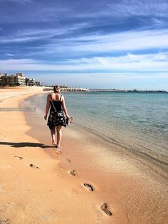 The Most Famous Beaches in Hurghada 2020 - Hurghada Beaches 2020 Egypt Tourism, Egypt Travel, City Resort, Egypt Culture, Famous Beaches, Visit Egypt, Great Vacations, Red Sea, Best Location
