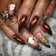 Autumn Reflections #nailsbyjulia #gelnails #stilettonails #chromenails #nailart #3dflowers #swarovski