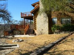 Rio Frio Lodging - Fully Furnished Family-Friendly Houses and Cabins in the Texas Hill Country
