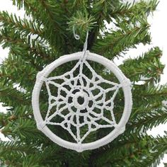 Winter's Coming Snowflake Sun Catcher - A free Crochet pattern from jpfun.com.
