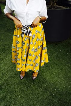 That Hayet Rida Plus SIzed Blogger Ghana NastyGal White Shirt Pokua Poqu Skirt Jcrew ELsie Printed Jaquard Pumps 3.JPG