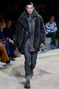Louis Vuitton Autumn/Winter 2018 Menswear | British Vogue