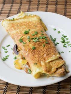 Omelette, receta básica | En Mi Cocina Hoy Breakfast Toast, Breakfast For Dinner, Breakfast Recipes, Snack Recipes, Cooking Recipes, Healthy Recipes, Healthy Food, Friend Recipe, 30 Minute Meals