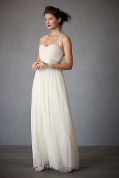 Pretty wedding dresses with a bohemian twist from BHLDN. Above, Quillaree Sculpted Dream gown in organza with floral embroidery and curved hem. Wedding Robe, Bhldn Wedding Dress, Wedding Dresses For Sale, Wedding Dress Sizes, Bridal Gowns, Wedding Gowns, Prom Dresses, Wedding Beach, Bhldn Dresses