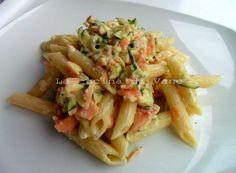 pasta con robiola salmone e zucchine