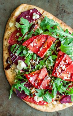 7 Must-Try Flatbread Pizza Toppings that we love to eat. They're quick, easy, and guaranteed to rock pizza night! Skip delivery, nix the frozen pizza, and whip up this tasty homemade pizza in no time! Pizza Recipes, Vegetarian Recipes, Dinner Recipes, Cooking Recipes, Healthy Recipes, Pizza Flavors, Cooking Time, Healthy Meals, Easy Recipes