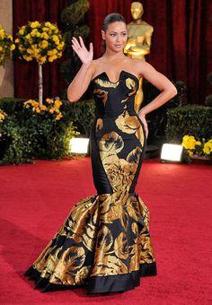 Los peores vestidos de la historia de los Óscar. Beyoncé. Encuentra más modelos aquí
