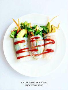 Avocado and Carrot Spring Roll Vegetarian Sandwich Recipes, Raw Food Recipes, Veggie Recipes, Cooking Recipes, Healthy Recipes, Healthy Snacks, Healthy Eating, Healthy Dinners, Veggie Rolls