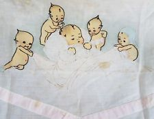 Antique VTG Kewpie Doll Crib Sheet Cotton Baby Cloth Blanket Quilt Top Fabric Kewpie, Quilt, Illustrations, Dolls, Halloween, Rose, Quilt Cover, Baby Dolls, Pink