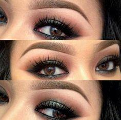 brown eyeshadow with black eyeliner