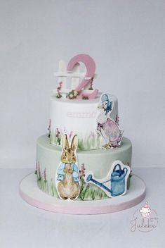 Hand painted Peter Rabbit girls Birthday cake on satinice,com Animal Birthday Cakes, Unique Birthday Cakes, Novelty Birthday Cakes, Peter Rabbit Cake, Peter Rabbit Birthday, Girl 2nd Birthday, Bunny Birthday, Birthday Ideas, Birthday Parties