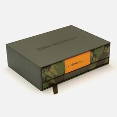DPM - Disruptive Pattern Material: An Encyclopaedia of Camouflage: Nature, Military and Culture Cosmetic Packaging, Brand Packaging, Packaging Design, Cosmetic Box, Label Design, Print Design, Graphic Design, Concrete Shower, Modern Photographers
