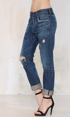Give those skinnies a break and rock these slouchy slim jeans by Citizens of Humanity instead.