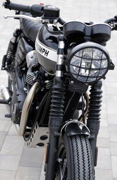 Triumph Bonneville T120, Triumph Street Scrambler, Cool Motorcycles, Triumph Motorcycles, Motos Bobber, T120 Black, Muscle, Bmw Series, Motorcycle Design