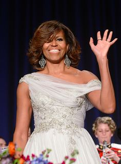 Michelle Obama looks stunning in a one-shouldered gown at White House Correspondents Dinner