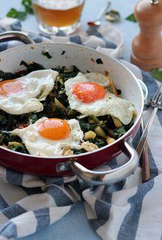 Chard, potatoes, chorizo and fried eggs ~ Rico sin Azúcar