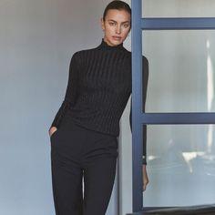 Irina Shayk Falconeri Winter 2020 Campaign | Fashion Gone Rogue Holiday Essentials, Campaign Fashion, Irina Shayk, Italian Fashion, Cosmopolitan, Cashmere Sweaters, Fashion Brand, Style Icons, Female Models