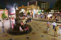 Georgia's Decatur Square has been named one of America's Most Beautiful Town Squares by @Travel + Leisure!