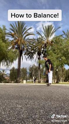 Beginner Skateboard, Skateboard Videos, Penny Skateboard, Skateboard Pictures, Skateboard Girl, Skate Bord, Skate Ramp, Cool Skateboards, Skate Style