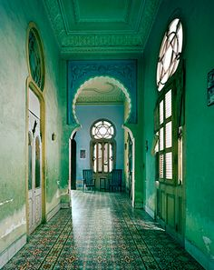 green interior design, emerald green, pantone, color of the year 2013