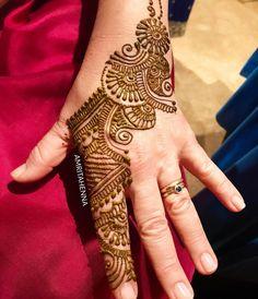 #henna #traditionaltattoo #mehndinight #hennaartist #hennaparty #indianwedding #muslimwedding #weddingideas #hennadesign #mehandi…