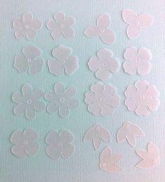 """NanaAkua:ナナアクヤ on Instagram: """"今週末8/8(土)開催の蔵前 @eastsidetokyo での立体花プラバンのワークショップ、前回リクエストのあった、小花のカット済みプラバンの販売もいたします。  ワークショップでも使用している小花(加熱前のサイズで2〜3センチ)のプラバンです。…"""" Shrink Plastic, Kids Rugs, Instagram, Home Decor, Decoration Home, Kid Friendly Rugs, Room Decor, Interior Design, Home Interiors"""