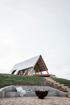 The of our 3 off grid cabins, Fergo's sits on a clifftop location with views over the river flats. The Fire pit dug into the hill face is something else. Cabin Design, Tiny House Design, Modern House Design, Tyni House, Tiny House Cabin, A Frame Cabin Plans, Eco Cabin, Off Grid Cabin, Casas Containers