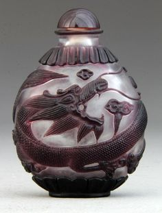Chinese Peking Glass Snuff Bottle : Having overlay depicting dragon with body that wraps around vessel,
