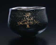 Black Tea Bowl with Pine Tree Design, c Kenzan click the image or link for more info. Japanese Ceramics, Japanese Pottery, Ceramic Bowls, Ceramic Pottery, Uji Matcha, Chawan, Pottery Designs, Decorative Tile, Tea Bowls
