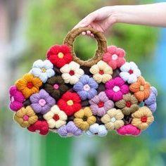 Tutorial de como hacer o tejer Flores puff en crochet, puedes realizar con ellas, bolsos, mantas, bufandas, cintas y muchísimas labores mas. IDEAS DE LABORES PARA HACER CON LAS FLORES PUFF: DIY Punto a crochet especial colchita de bebeFlor en crochet para Navidad, como centro de mesaTutorial Flor Crochet o GanchilloRosas crochetFlor de …
