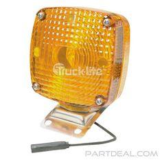 Signal-Stat 957AA Navistar 582780C91 with Parking Lamp