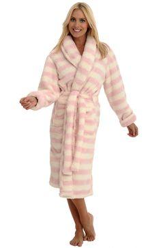 Alexander Del Rossa Women's Microfiber Fleece Bathrobe Robe at Amazon Women's Clothing store: Bath Robe $49.99