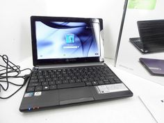 "Gateway River Black 10.1"" LT4010u Netbook PC  Windows 7 Starter $228.00 Value"