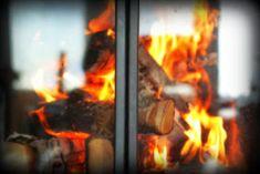 Villasukat matkalaukussa: Rusetein koristetut pitsivillasukat. Outdoor Decor, Socks, Patterns, Knitting, Home Decor, Block Prints, Decoration Home, Tricot, Room Decor