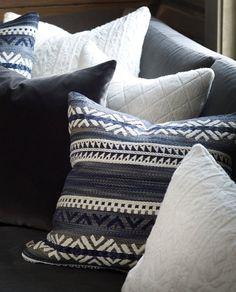Bjorli • Slettvoll Master Bedroom, Textiles, Cottage, Cabin, Throw Pillows, Boho, Decor Ideas, Fotografia, Master Suite