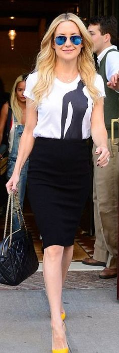 Kate Hudson: Sunglasses – Ray Ban  Shirt – Osman  Skirt – RVN  Purse – Chanel  Shoes – Christian Louboutin