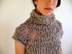 Knitting Pattern PDF Handspun Tunic Sweater by yearofthegoat no longer available, but I love this style. Knitting Designs, Knitting Projects, Knitting Patterns, Yarn Projects, How To Purl Knit, Clothing Patterns, Pull, Hand Knitting, Knit Crochet