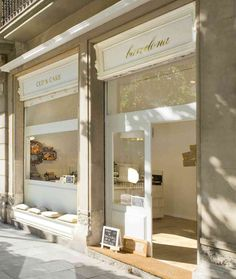found here  You may have noticed a picture of the sweetest little cupcake shop that I had posted earlier this week (here). Located just around the corner from our hotel in Barcelona was this absolu…
