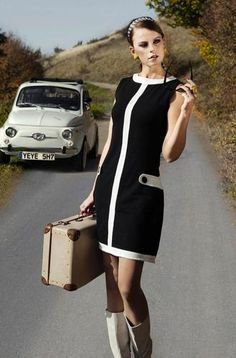MADEMOISELLE YEYE Louise Retro 60s Mod Dress in Black/White