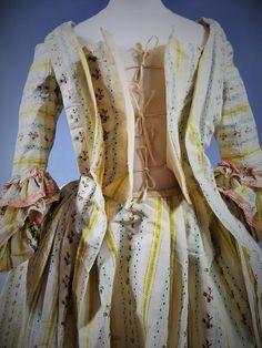 Robe à La Française En Taffetas Mexicaine - France Circa 1760, Villa Rosemaine, Proantic