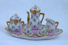 Limoges Porcelain (France) —  Tea-Coffee Set (736×486)