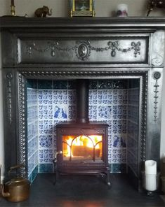 Victorian Ceramics Classic Reproduction Tiles from William Morris, Willian De Morgan and Philip Webb Wood Stove Surround, Wood Fireplace Surrounds, Wood Burner Fireplace, Art Deco Fireplace, Fireplace Tile Surround, Fireplace Hearth, Fireplace Design, Victorian Fireplace Tiles, Victorian Tiles