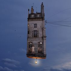 Flying Houses - Laurent Chehere