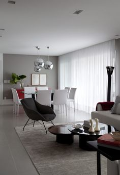 Amazing Dining Room Minimalist Designs That Are Simply and Inspire - Find the ideal concepts for your minimalist dining-room that matches your style as well as taste. Browse for outstanding photos of minimalist dining-room for inspiration. Dining Decor, Dining Room Design, Dining Area, Dining Table, Living Room Colors, Living Room Decor, Minimalist Dining Room, Interior Design Living Room, Home Furniture