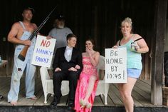 Funny prom pose parents