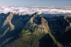 Gerlach 2655 m - High Tatras (Slovakia) Heart Of Europe, Bratislava, Heritage Site, Landscape Photos, Czech Republic, Prague, Places To See, Travel Inspiration, Cool Pictures
